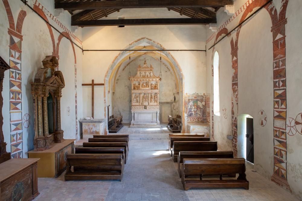 Pieve di S. Martino d'Asio, interno