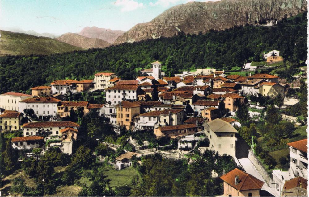 Veduta dal campanile anni '60, colorata a mano