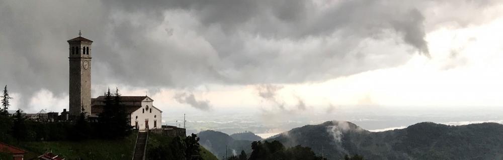 Clauzetto durante un temporale
